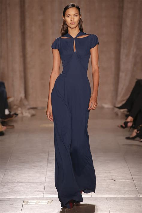 Catwalk To Carpet Beyonce Knowles In Zac Posen by Nyfw Zac Posen Fall 2015 Rtw Runway Silhouetteandstyle