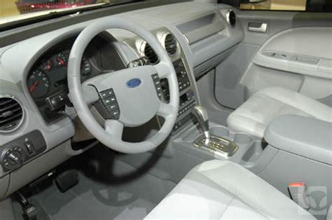 2005 Ford Freestyle Interior by Center Console Hits Ford Freestyle
