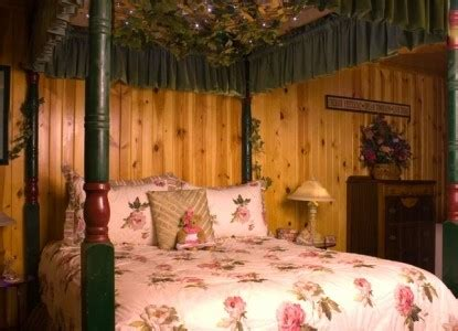bed and breakfast lake geneva wi lazy cloud lodge room rates and availability bbonline com