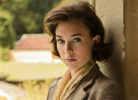 vanessa kirby brown hair mission impossible 6 casting latest den of geek