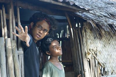 trailer film laskar pelangi behind the scenes laskar pelangi the movie
