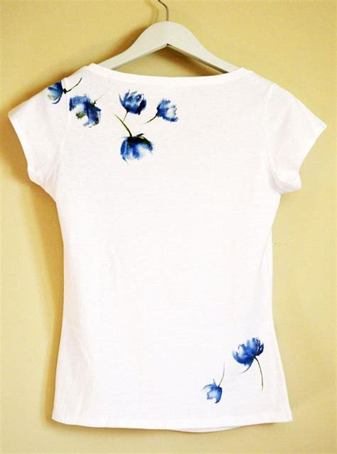 Painting T Shirts Ideas by 25 Best Ideas About T Shirt Painting On