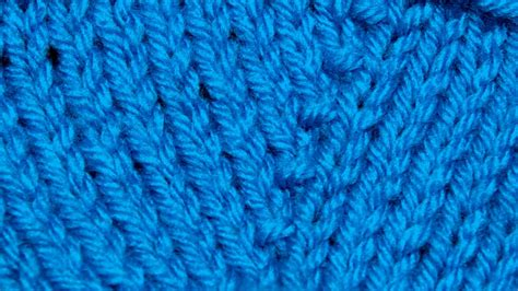 how to knit kfb stitch the knit front and back increase kfb new stitch a day