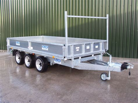 the trailer flatbed trailer