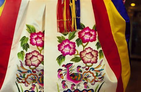 White Andong Top korean hanbok korean wedding dress photos travel2next