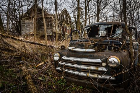deserted places 50 breathtaking photos of abandoned places from around the
