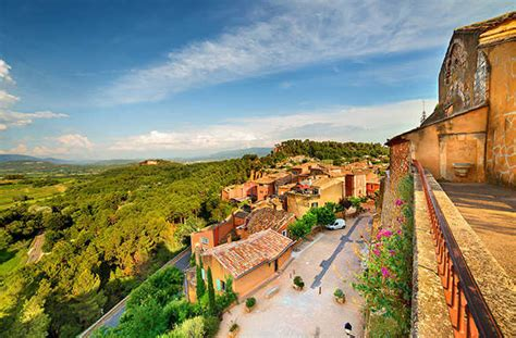 best provence 10 must see towns in provence fodors travel guide