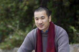 the boat nam le analysis short story writer wins 100k prize abc news australian