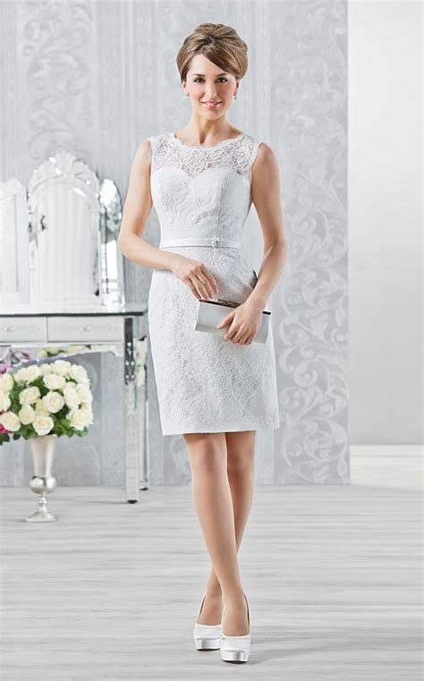 Kurze Brautkleider: 20 umwerfende Traumkleider für die modebewußte Braut