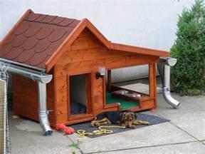 cuccia in legno cucce per esterno cani jongose cucce per cani da esterno idee green