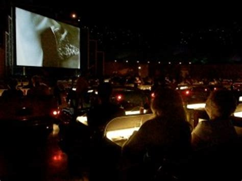 sci fi dine in theater restaurant magical mouse planner