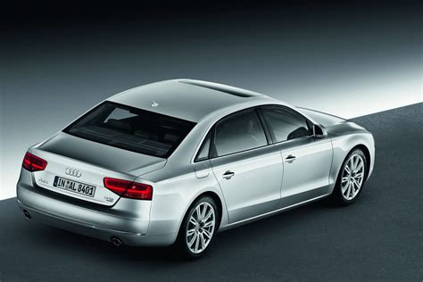 Audi A8 Long by New Audi A8 L With Long Wheelbase And 500hp 6 3 Liter W12