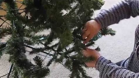 setting up christmas tree how to set up an artificial tree
