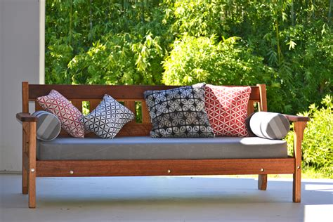 Outdoor Furniture Daybed Enjoy Outdoor Daybeds To Rest Outdoor Furniture