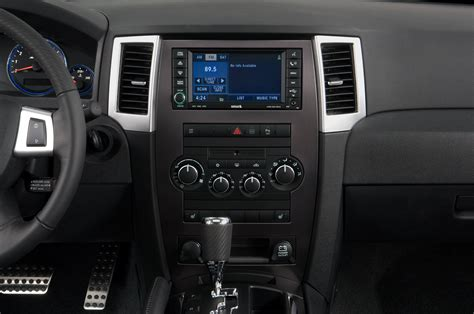 service manual instruction for a 2010 jeep grand cherokee instrument cluster how to open
