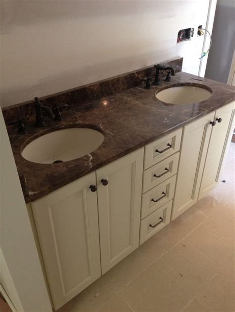 cream colored bathroom cabinets 25 best ideas about cultured marble vanity tops on