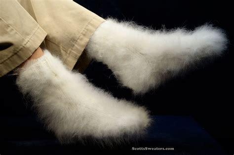 613 030 Soft, Warm & Fuzzy Angora Socks