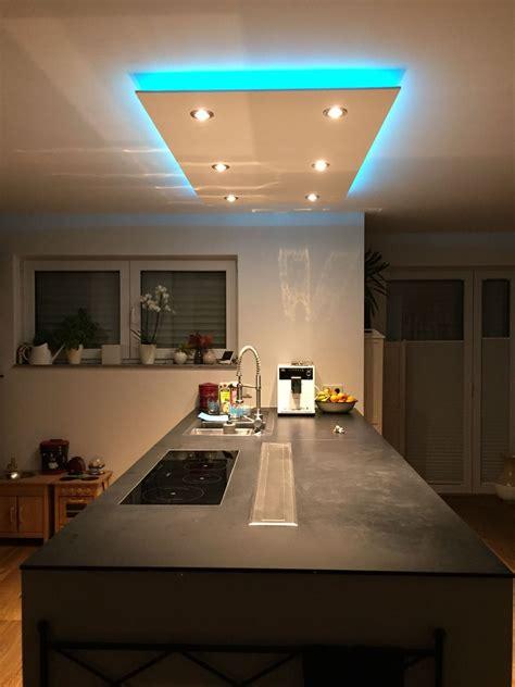 beleuchtung deckenbeleuchtung deckensegel wave kuecheblock beleuchtung weisses