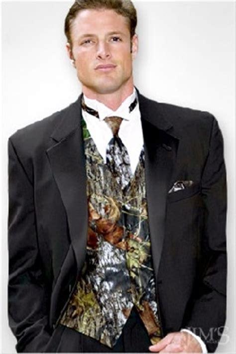 mens camo wedding suits help ideas for a camo wedding vests orange tie and