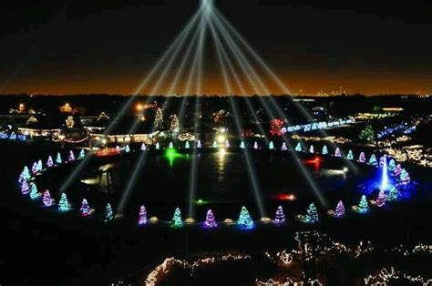 Pinterest Discover And Save Creative Ideas Brookfield Zoo Lights