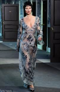 Mannish Chic At Fashion Week by Fashion Week Flapper Chic Is Back In Vogue As Louis