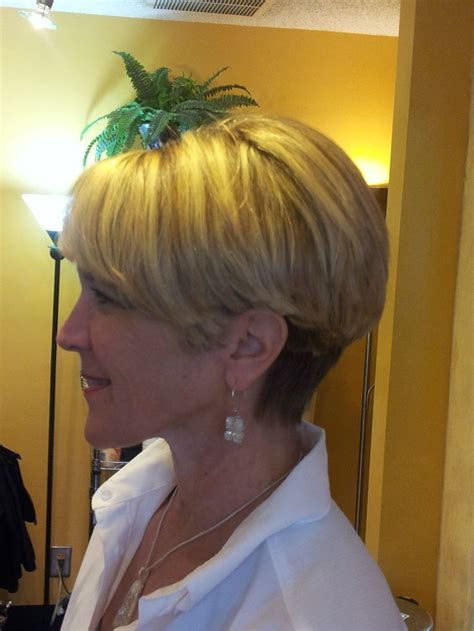 stacked bob haircutdorothy hamill hair 25 best ideas about wedge haircut on pinterest short