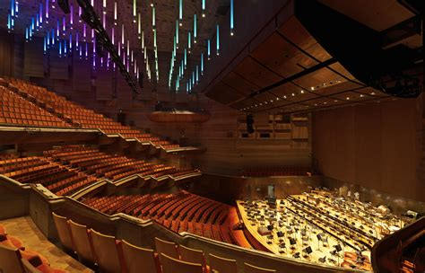 Balcony Melbourne by Hamer Hall Arm Architecture