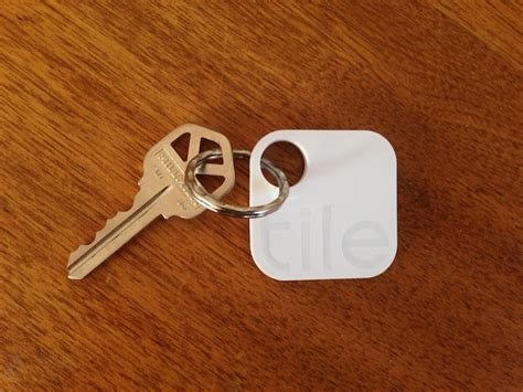 Tile Finding Device Tile Uses Your Phone And My Phone To Find Your Lost Stuff