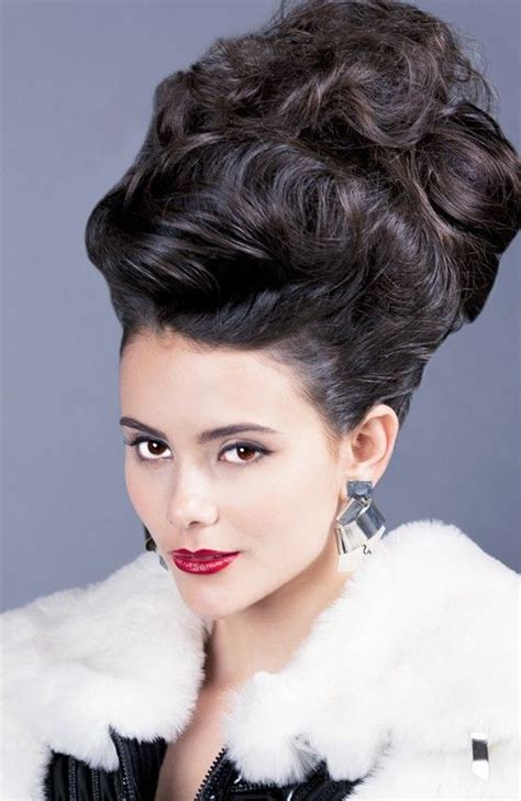 beehive hair styles for shoulder length hair 19 best images about beehive hairdos on pinterest 50