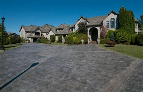 Bathroom Stalls For Sale by Nickelback S Chad Kroeger Former Abbotsford Mansion For