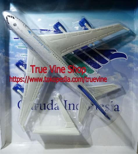 Die Cast Diecast Pesawat Terbang Batik Air Pajangan Kado Hadiah jual die cast diecast pesawat terbang garuda indonesia true vine shop