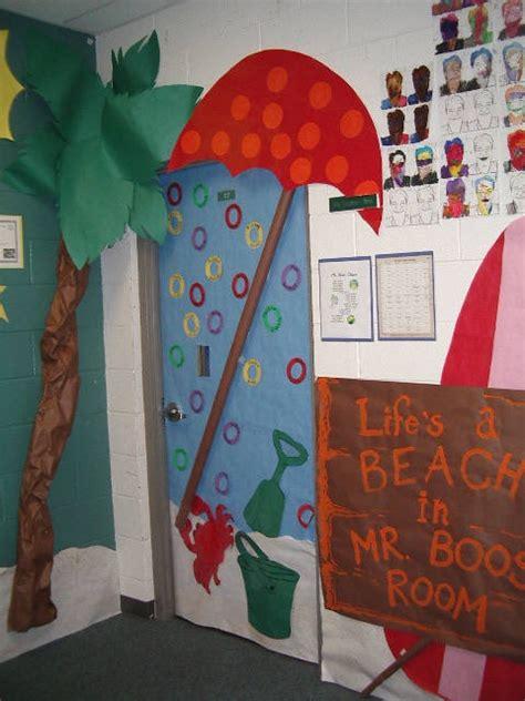 fall themed classroom door decorations autumn door decorations myclassroomideas classroom