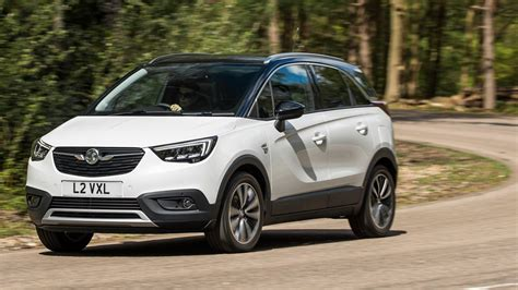 vauxhall vauxhall vauxhall crossland x 2017 review car magazine