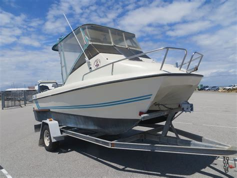 cat boats for sale wa cobra cat 5 25 trailer power boats boats online for