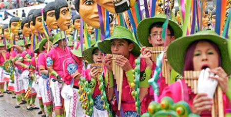 personas de colombia costumbres y tradiciones pueblo el carnaval es patrimonio por su tradici 243 n e historia