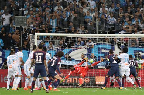Calendrier Ligue 1 Psg Marseille Football Ligue 1 Edinson Cavani Sauve Le Sg 224