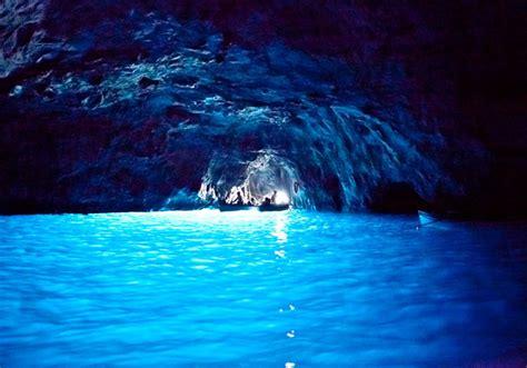 gruta azul italiajpg turismo extraordinario lugares con luz propia