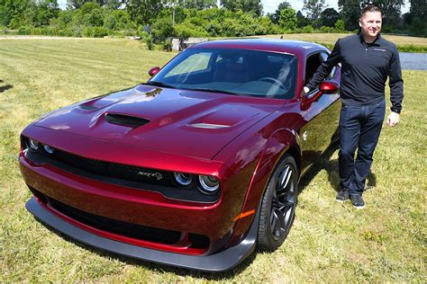 widebody hellcat colors rumors are true dodge announces widebody hellcat for 2018