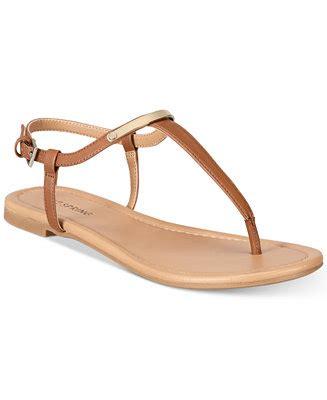 Sandal Santai Flat Wanita Berkualitas call it aareniel flat sandals sandals shoes macy s