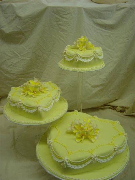 Wedding Cake Bc by Wedding Cake In Vancouver And Burnaby