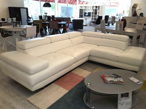 canap駸 mobilier de canap 233 d angle avec m 233 ridienne toulon mobilier de
