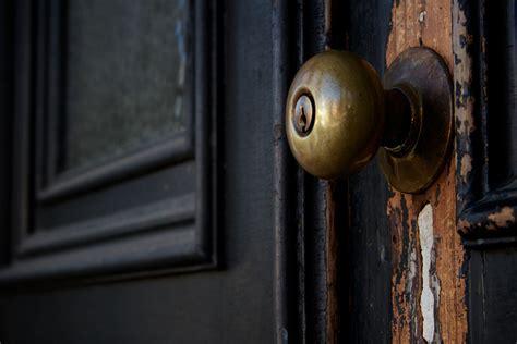 How To Change The Front Door Lock Dealing With Frozen Door Locks In Winter Vibrant Doors