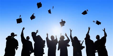 graduation sisters school district