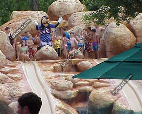 lost epcot river country history