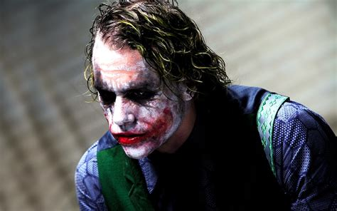 imagenes del joker read heath ledger s diary entries while playing the joker