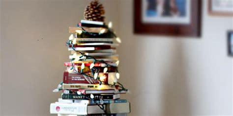 membuat ornamen pohon natal kreatif pohon natal di luar pakem cemara kompas com