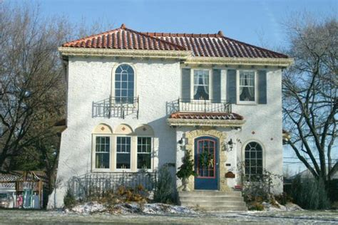 What Is A Colonial House Spanish Mission Style White Exterior Stucco New Stucco
