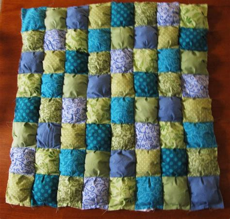 Puff Quilt Tutorial by Pin By Lesley Jackson On Quilts Puff Biscuit