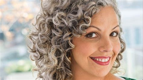 hair for 20 somethings gray hair is hot even for 20 somethings says curly girl