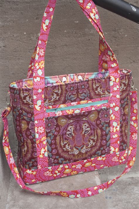 pattern for a tote bag to sew tudor bag sew sweetness